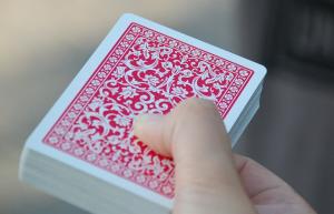 Photo d un paquet de cartes - clique ici pour ouvrir les consignes